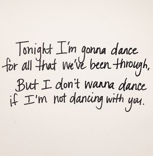 Mark McGuinn - She Doesn't Dance Lyrics | MetroLyrics