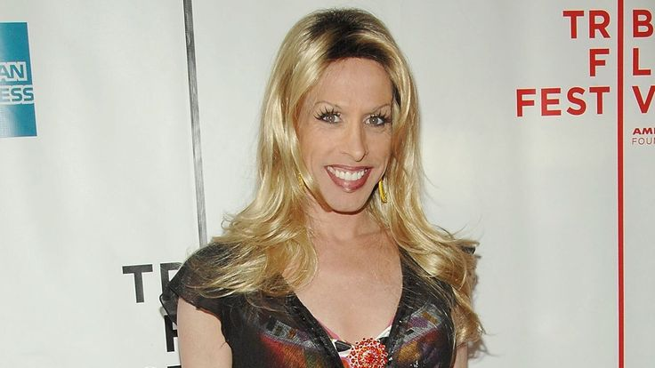 Actress and Transgender Activist Alexis Arquette has passed away at 47 #RIP #LGBTQ  http://www.etonline.com/news/197700_alexis_arquette_dead