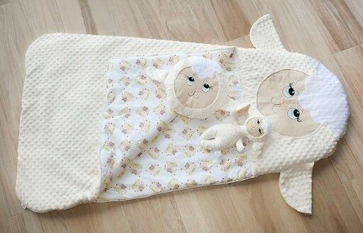 Sheep sleeping bag