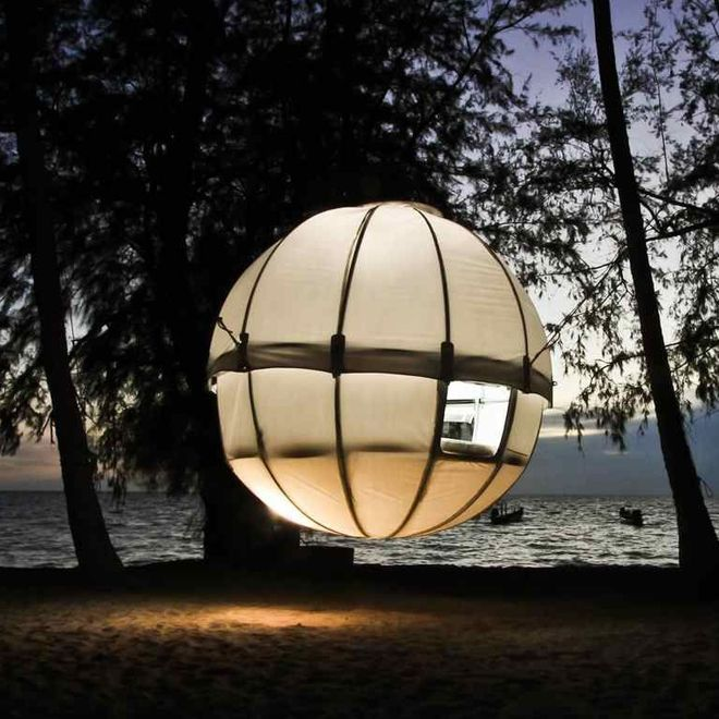 Suspended Cocoon Tree Tent & 68 best Hanging Chairs Beds Lounges images on Pinterest | Decks ...