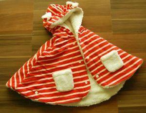Tampak depan selimut bayi motif garis orange dan putih, lucu bangeeeeettttt