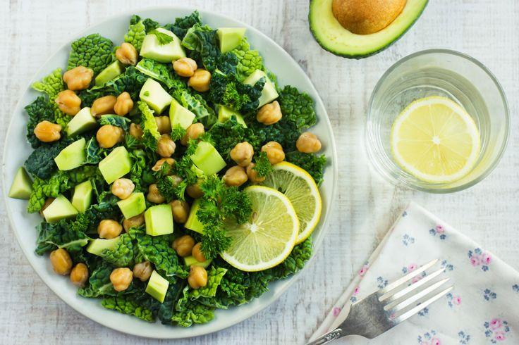 Wirsingsalat mit Avocado und Kichererbsen #nu3 #abnehmen