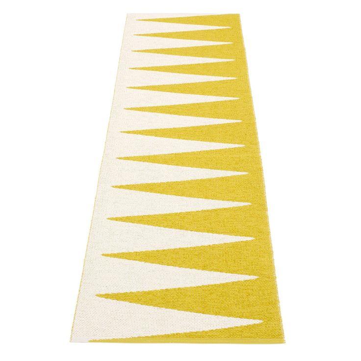 Vivi matta, gul/vit i gruppen Textil / Mattor / Plast hos RUM21.se (132902r)
