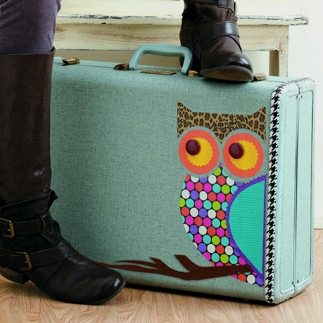 Duck tape! Owl on a suitcase