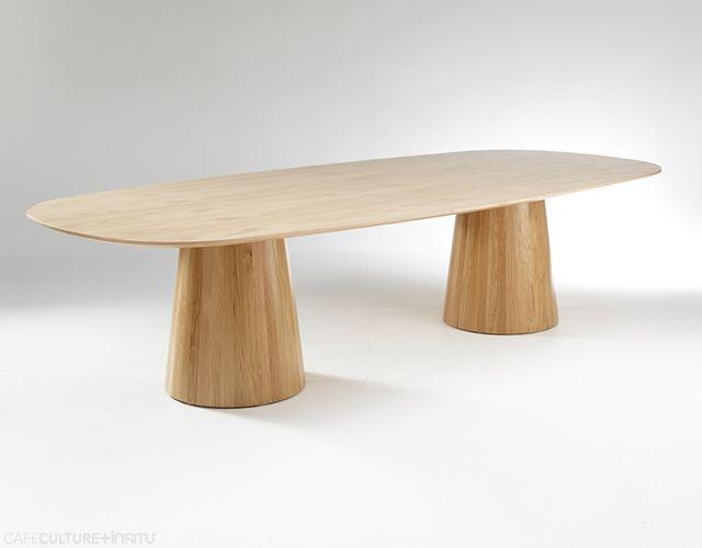 LIQUEUR TABLE