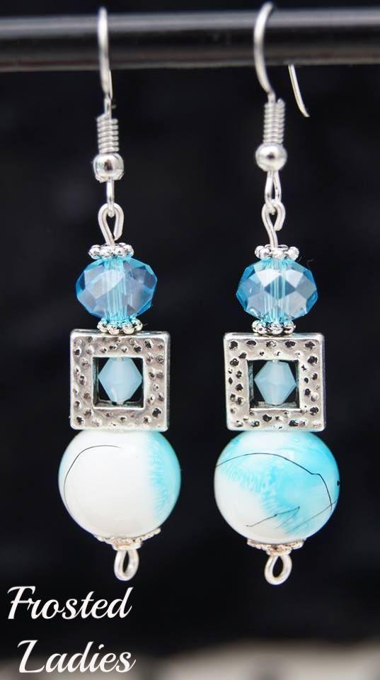 ❤Life Χειροποίητα Σκουλαρίκια φτιαγμένα με φτιαγμένα με Murano beads , crystals Swarovski και silver details . Σκουλαρίκια για κομψό στυλ .