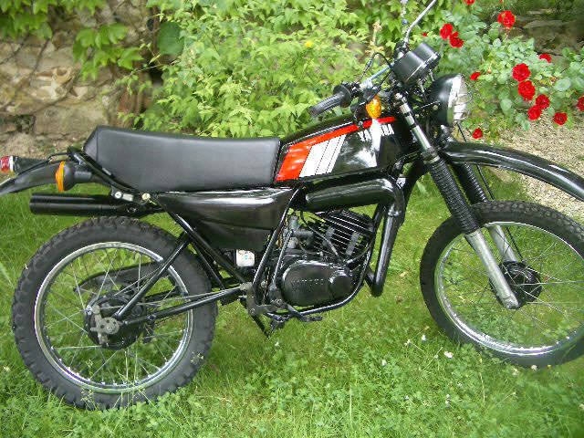 25 best ideas about yamaha 125 on pinterest 125cc moped for Garage yamaha scooter