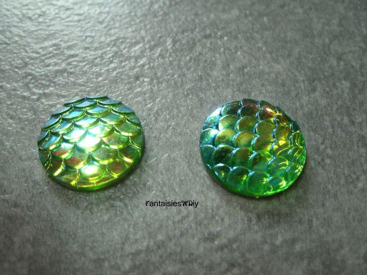 (CABR17) Lot de 4 jolis cabochon résine écaille de sirène / écaille de dragon / reptile 16mm : Cabochons, demi-perles par fantaisies-n-diy