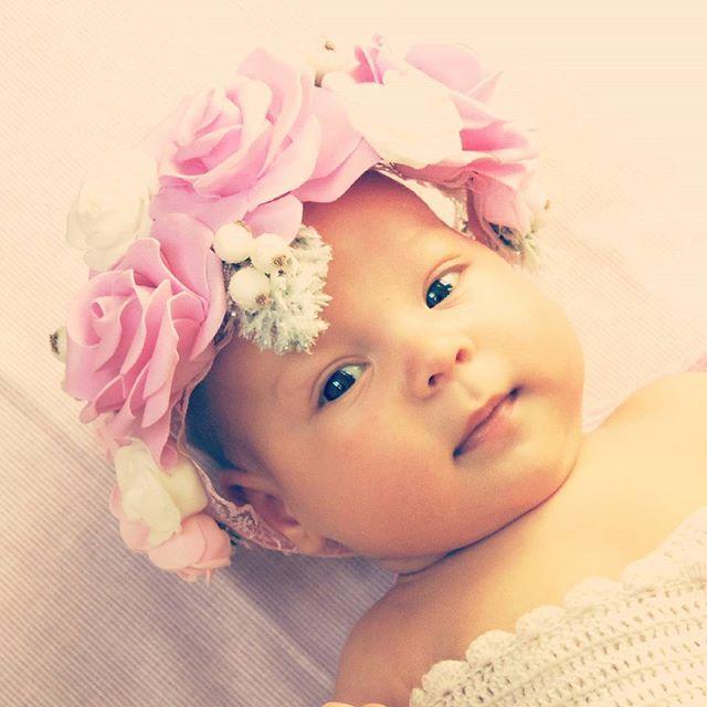 Мой цветочек всем желает спокойной ночи#дети#инстадети#инстаребенок#инстамама#малыш#инстамалыш#карапуз #веселыйкарапуз#baby#instababy#babygirl#kid#kids#instakid#child#instachild#children#instamama#cutie#happy_karapuz #adorablelittleangels#children_live_flowers #infantil