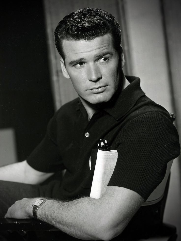 James Garner-Really? Who knew he was such a hottie?