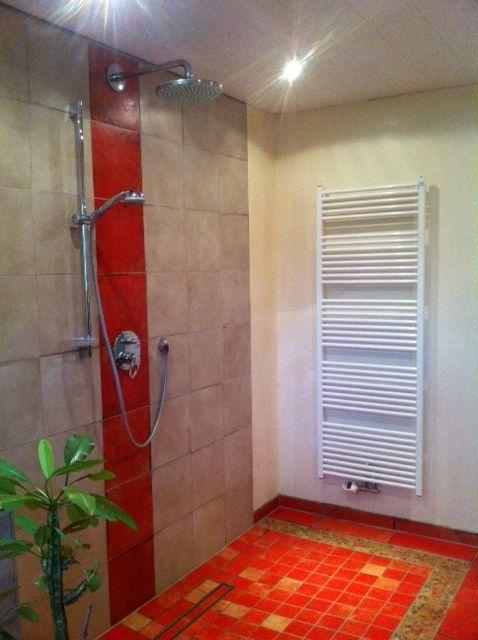 ber ideen zu duschabtrennung auf pinterest dusche schiebet r duschabtrennung glas und. Black Bedroom Furniture Sets. Home Design Ideas