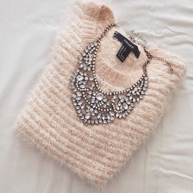 Love Story Statement Necklace #fashion #style #outfit #statementnecklace - 24,90 € @happinessboutique.com