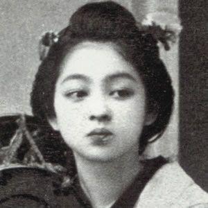 いまから約100年前の明治時代。調べてみると、現代にも通用する美人さんがやっぱりいた。幕末専門ブログですが今回は番外編。メジャーな人からマイナーな人まで写真つきでランキング化!