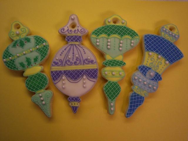 Fancy Flours ornament cookie contest