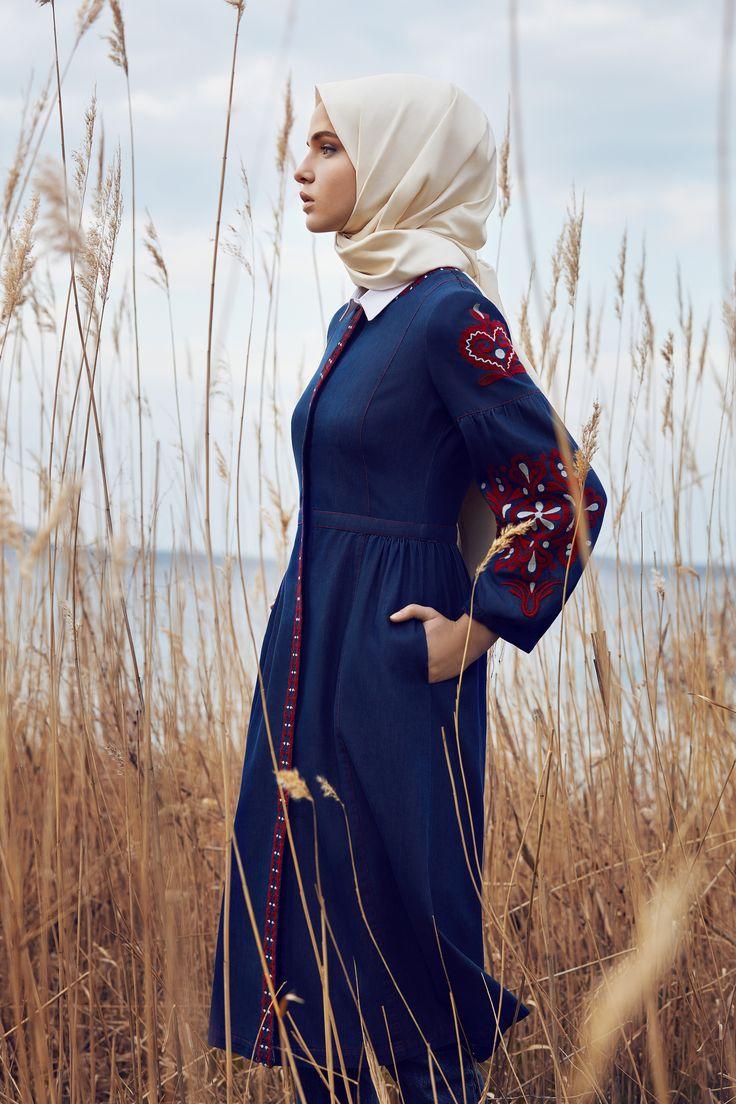 Embroidery nature hijabi