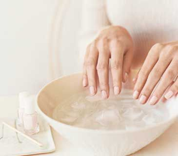Dry nail polish quick w/ water and ice ...and 10 other beauty tips...It works I tried it!