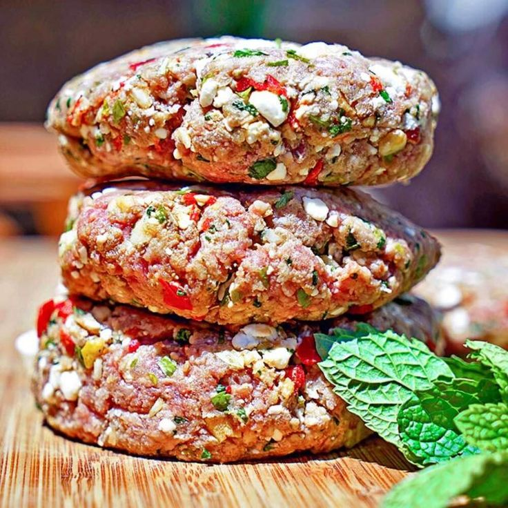 These Mediterranean Feta Lamb Sliders are packed with flavor, not just from the freshly ground and seasoned lamb, but from peppers, feta cheese, herbs and citrus zest. I wanted a spiced up burger, and with the fresh ground lamb I recently had picked up, decided on a Mediterranean influenced mini slider - sans the bread. I purchased a pound and thought two small lamb sliders each would be filling with the side dish. I LOVE lamb and anotherburger recipe - Grilled Lamb Burgers & Tabbouleh i...