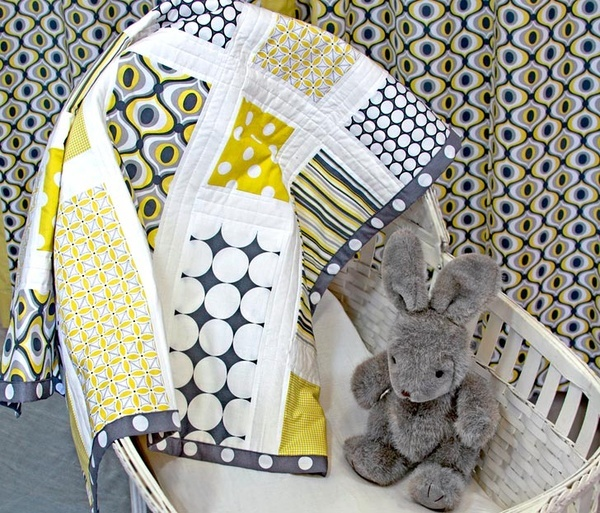: Modern Baby, Quilts Patterns, Colors Combos, Grey Quilts, Baby Blankets, Yellow Quilts, Baby Quilts Tutorials, Quilts Ideas, Patchwork Baby