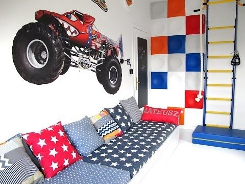 Decorative panels in the childrens room