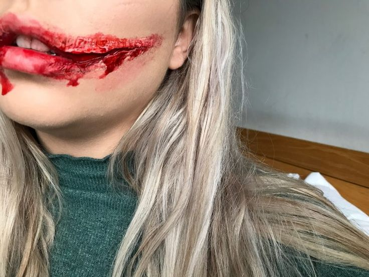 Create this SFX Glasgow smile with me! Perfect for halloween! Halloween makeup inspiration.