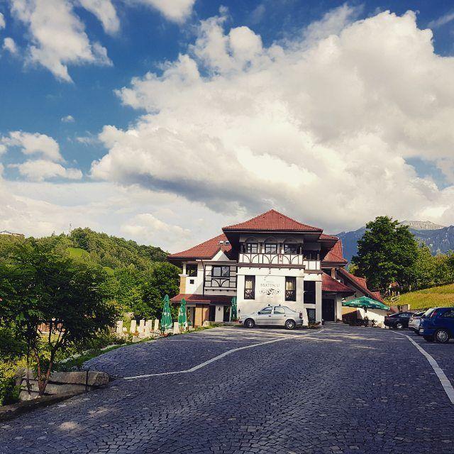 Brătescu Mansion | Architecture | Exterior | Conacul Bratescu | Conac de munte | Conac din Bran | Transilvania | Bran Castle | Romania | Boutique Hotel | Natura | Conac romanesc | Conac de demult