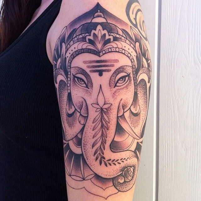 17 best images about tat2 on pinterest san diego back for Full circle tattoo