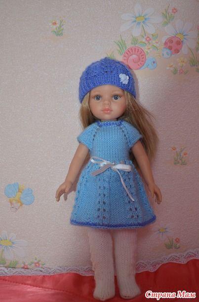 Быстро пришло связать подарок для одной очень хорошей девочки. Куколка Паола Рейна. Платье-колготки в повторе - уже вязала подобное, но в другом цвете и на другую куколку. Связалось за пол-дня
