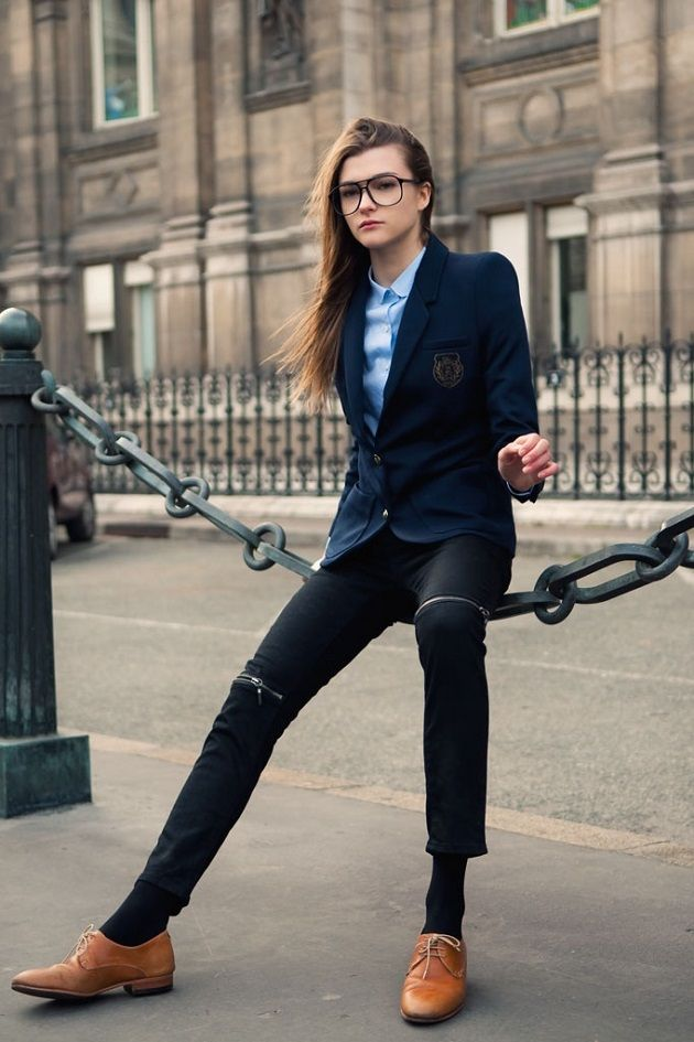 Back to school? Take some inspiration from this preppy look...with the right glasses, of course: http://www.visiondirect.com.au/designer-eyeglasses/Campbell-by-SBG/Campbell-by-SBG-Selleck-A102-A-328510.html