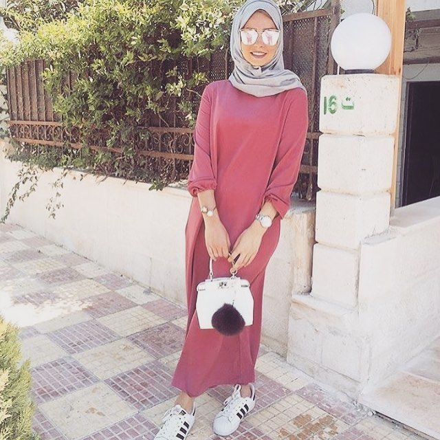 Follow @egyptian_fashion for more fashion inspo. This model is @noor_hedaya ❤