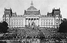 Demonstration against the Treaty of Versailles, in front of the Reichstag.