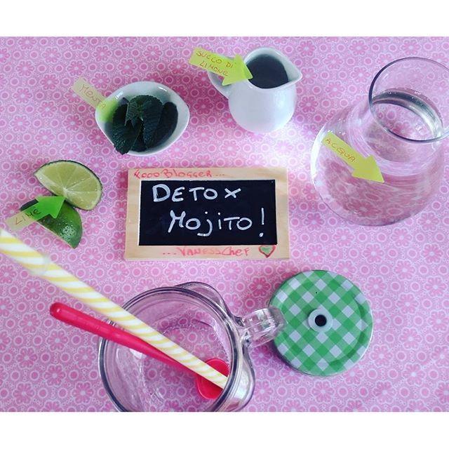 """Buongiorno, oggi un po' di sprint con il DETOX """"Mojito"""" succo di 1/2 limone un po'  di zenzero, qualche figlia di menta , lime .... acqua 250cc. ! Una volta bevuto potete riempirlo con acqua e berlo durante la giornata, fresco dissetante! #detox #menta #line #zenzero #limone #buongiornomondo #buongiorno #buongiornocosi #colazione  #foodstyle #f52grams #feedfeed #buzzfeedfood #vscofood #vsco #food #foodporn #beautiful #breakfastaddict #breakfastlover #foodditaly #foodpassion #igersbologna…"""
