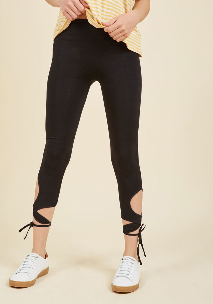 Every Stretch You Take Yoga Pants in Noir   ModCloth