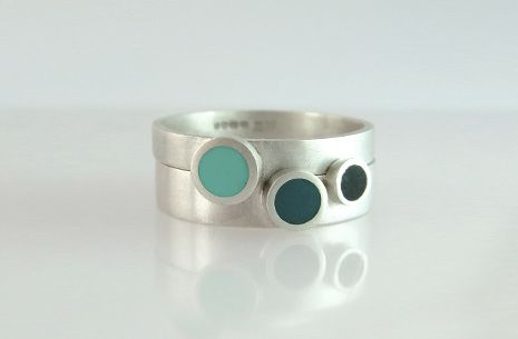 Circle band resin rings   Two rings to wear together. Silver with resin www.fernandezdesign.co.uk