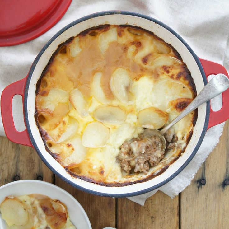 With 5 stars after 39 reviews, it's hard not to love this Mince and Potato Hotpot by debrakay56