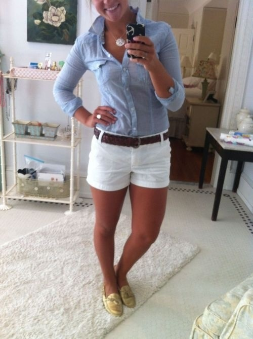 I like this cute outfit, but my skin is too pasty to pull off the white shorts. Lol