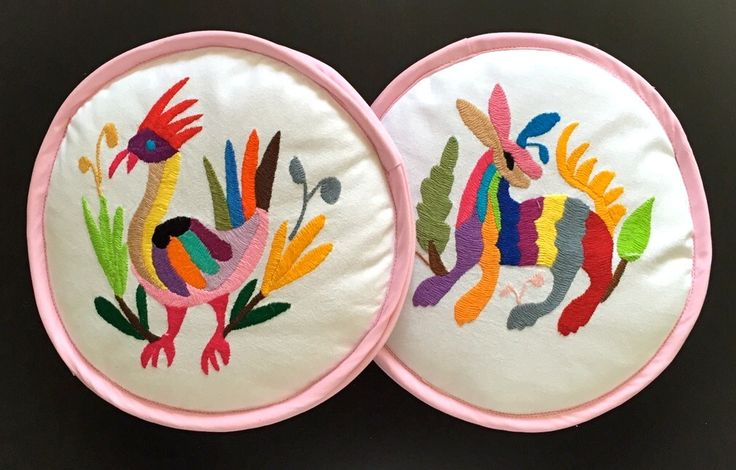 Hilos en nogada, tortillero, tortilla, food, Bordado, Decoración de casa, Home decoration, embroidery, hand embroidered, textile, mexican decor, mexican food, mexican folk, folk art, handmade, Otomi Tenango, Hidalgo, Mexico