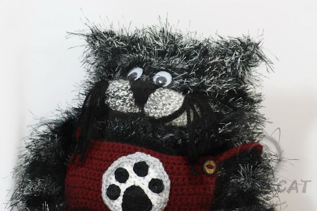Bad Hat Cat: Moli the cat doll, crocheted doll, kids toy, babie...