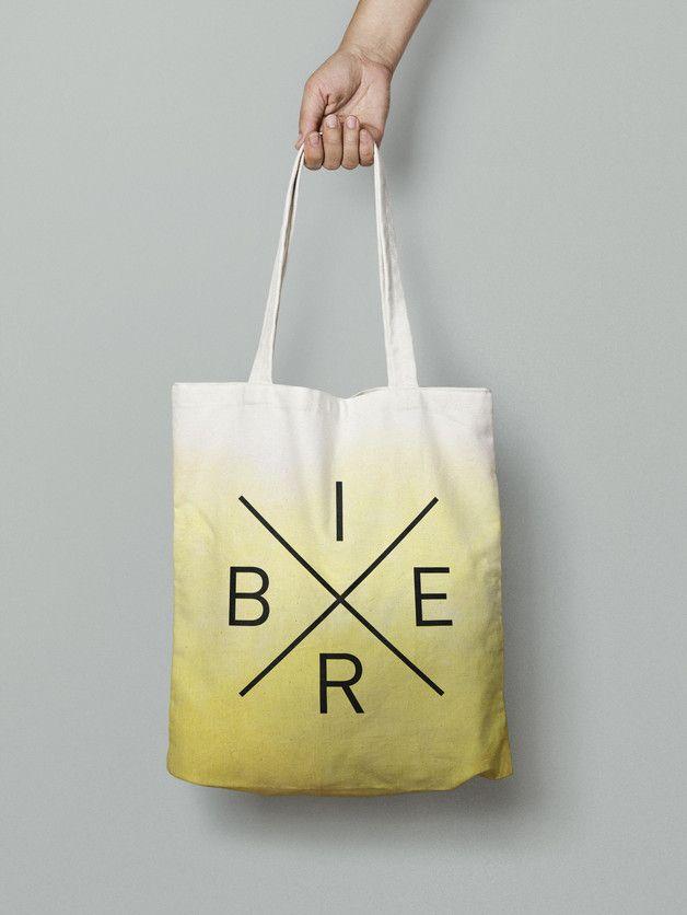 """Jutebeutel mit Typo """"Bier"""", Ombre Effekt / hipster tote bag, typo """"beer"""", ombre by Nullsieben-Design via DaWanda.com"""