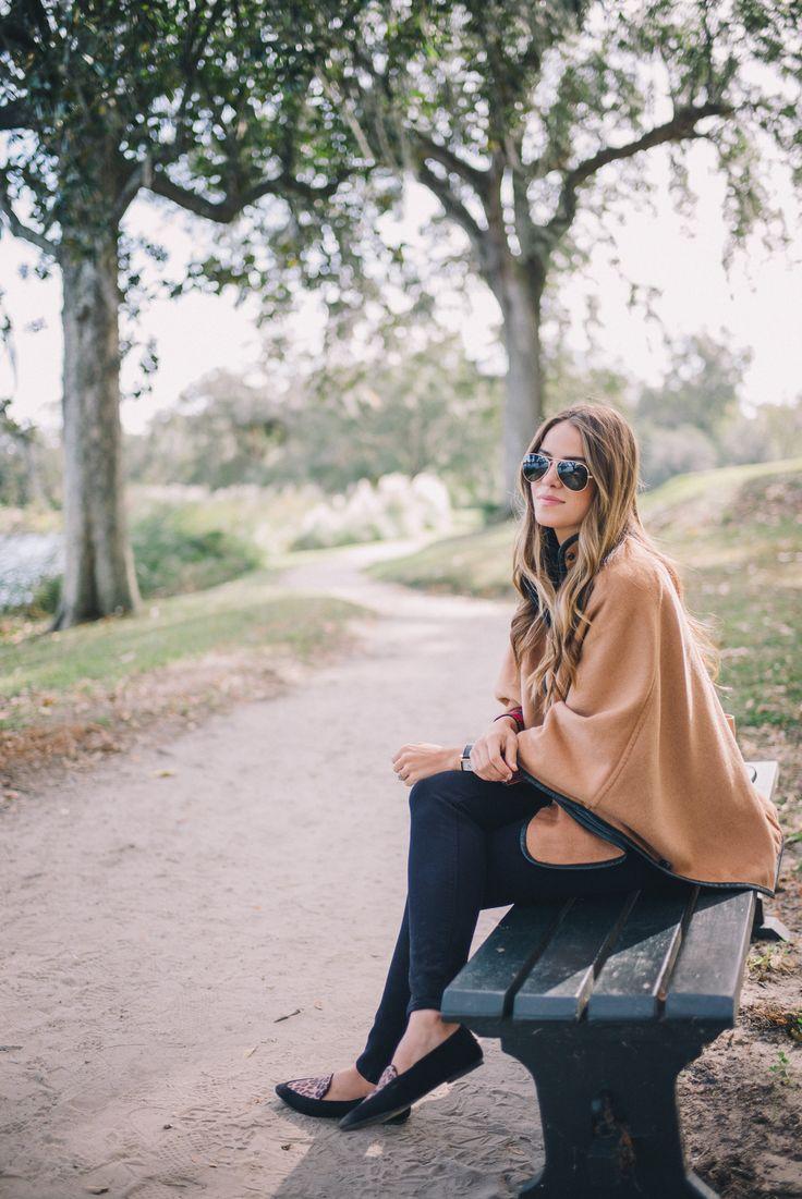 Gal Meets Glam Middleton Place -J.McLaughlin cape & shirt, Frame jeans, Express flats, Celine bag & Ray Ban sunglasses