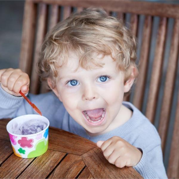 Το κρυμμένο βάζο με το γλυκό, που βρίσκεται ξάφνου... συλημένο, ανήκει στις παιδικές μας αναμνήσεις. Τώρα, όμως, ήρθε η σειρά μας! Να κρύβου...
