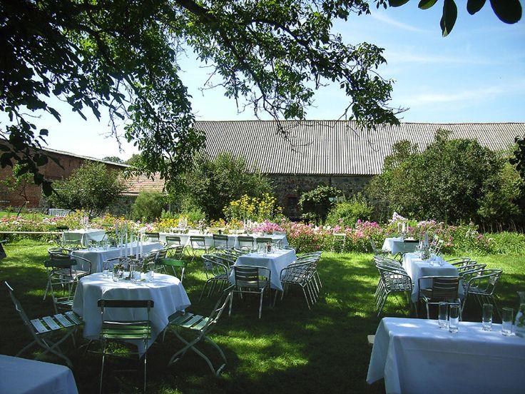 Top 3 der schönsten Hochzeitslocations in Berlin: Soho House Berlin, Gartenglück Wegendorf, Villa Blumenfisch am Wannsee