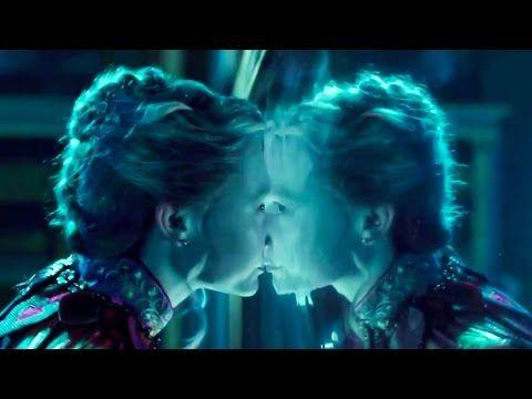 Алиса в Зазеркалье   фильм   Трейлер на русском (Дисней) - YouTube