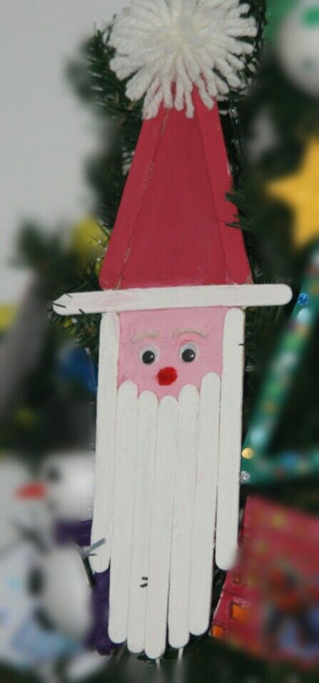 Diy for kids Christmas ornaments Santa Claus with popsicle sticks.