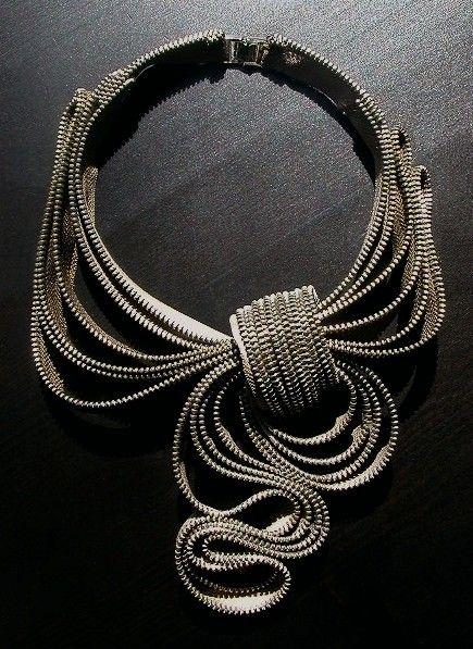 Amazing zipper necklace!