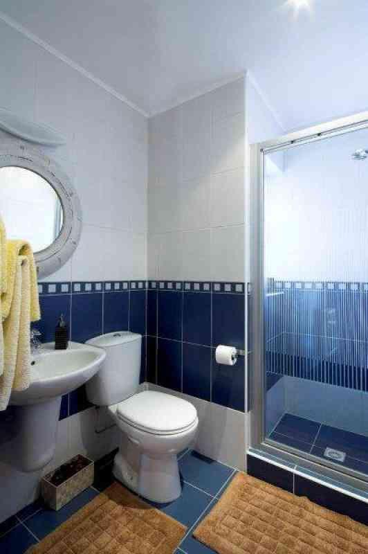 Small Bathroom View Source: Http://www.newartinterior.eu/en