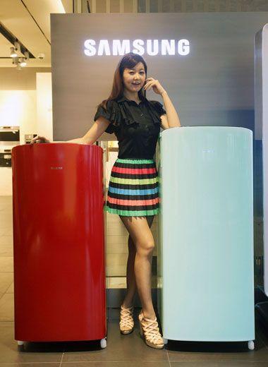 Tủ lạnh Samsung Side by Side RS22HZNBP1 - Hệ thống làm lạnh kép với nhiều tính năng hấp dẫn.  http://hc.com.vn/dien-lanh/tu-lanh/tu-lanh-samsung-rsh22hknbp1.html