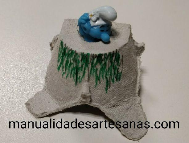 Cómo hacer #adorno de #pitufina con #hueveras de #cartón  #HOWTO #DIY #artesanía #manualidades #reciclaje