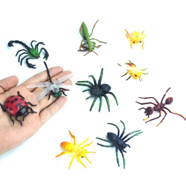 10Pcs/Set Plastic Simulated Models Insects Spider Scorpion Mantis Animals Dolls For Children Play Adventure Toys