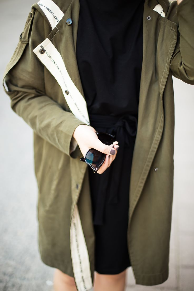 Summer outfit details / parka coat, sunglasses, knot ring