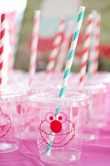 Cutest Little Elmo Cups Ever Sarah Says Of The Plastic From Signature Avenue Kids Loved These Source Crafting Mama